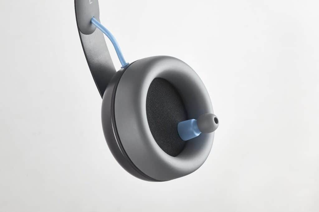 Nura The Best Noise Cancelling Headphones